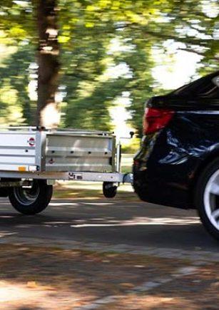 avto-prikolica-ki-je-zmagala-na-adac-testu